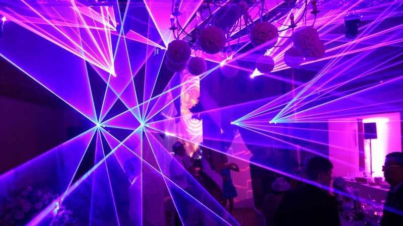 show laser pour entreprise