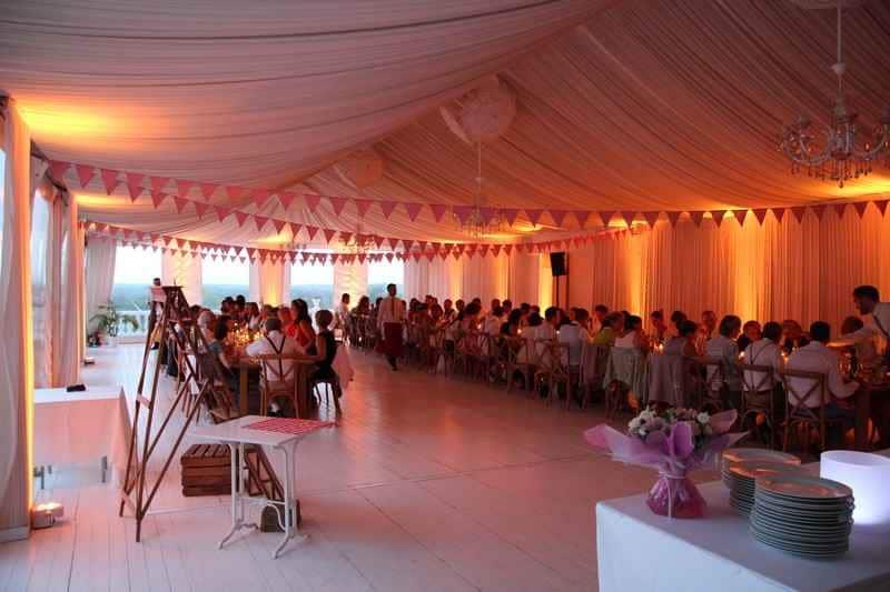 Eclairage de réception de mariage